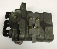 am875035-john-deere-injection-pump Image