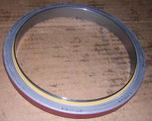 john-deere-rear-oil-seal-pn-re13310 Image